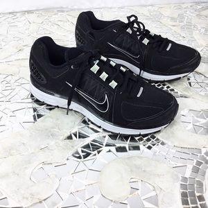 Nike Air Zoom Vomero 7